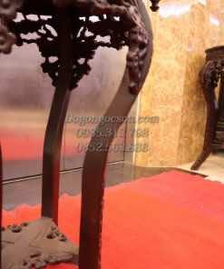 Chân DON006 được chế tác cong điệu đà