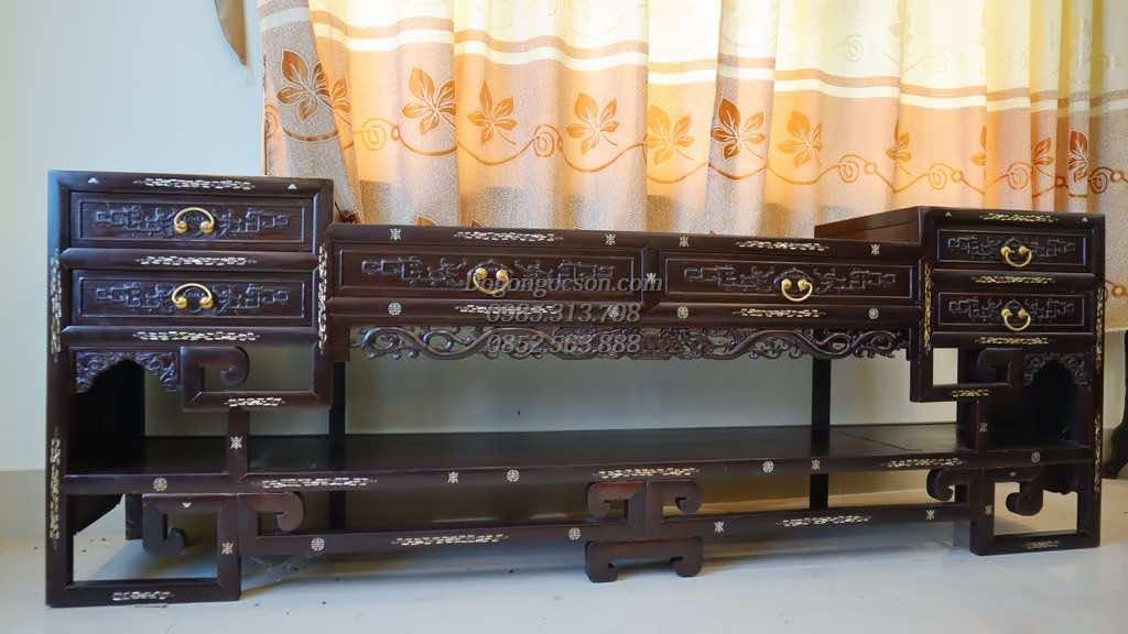 Kệ tivi gỗ gụ KTV001