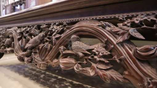 Chi tiết đục tay trên quây sập cây khế