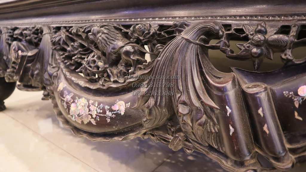 Các chi tiết đục tay hình ảnh tam sư, cùng hình ảnh vắt vải