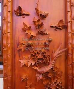 Các chi tiết đục tay trên bức Cúc