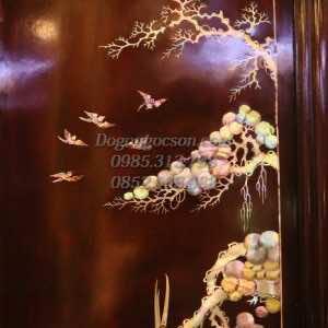 Các chi tiết khảm ốc trên bức Tùng