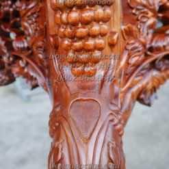 Chi tiết đục tay kênh bong trên dạ bàn