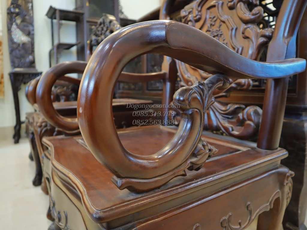 Tay ghế đơn cong tròn mềm mại