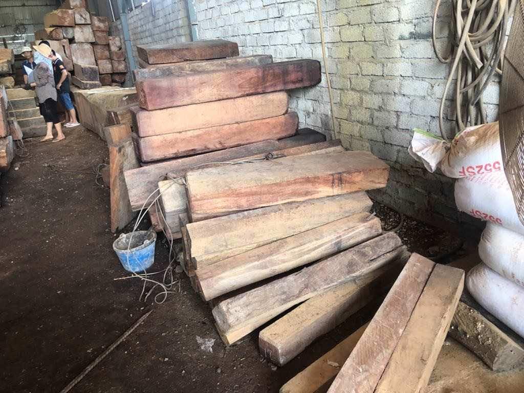 Các khối gỗ