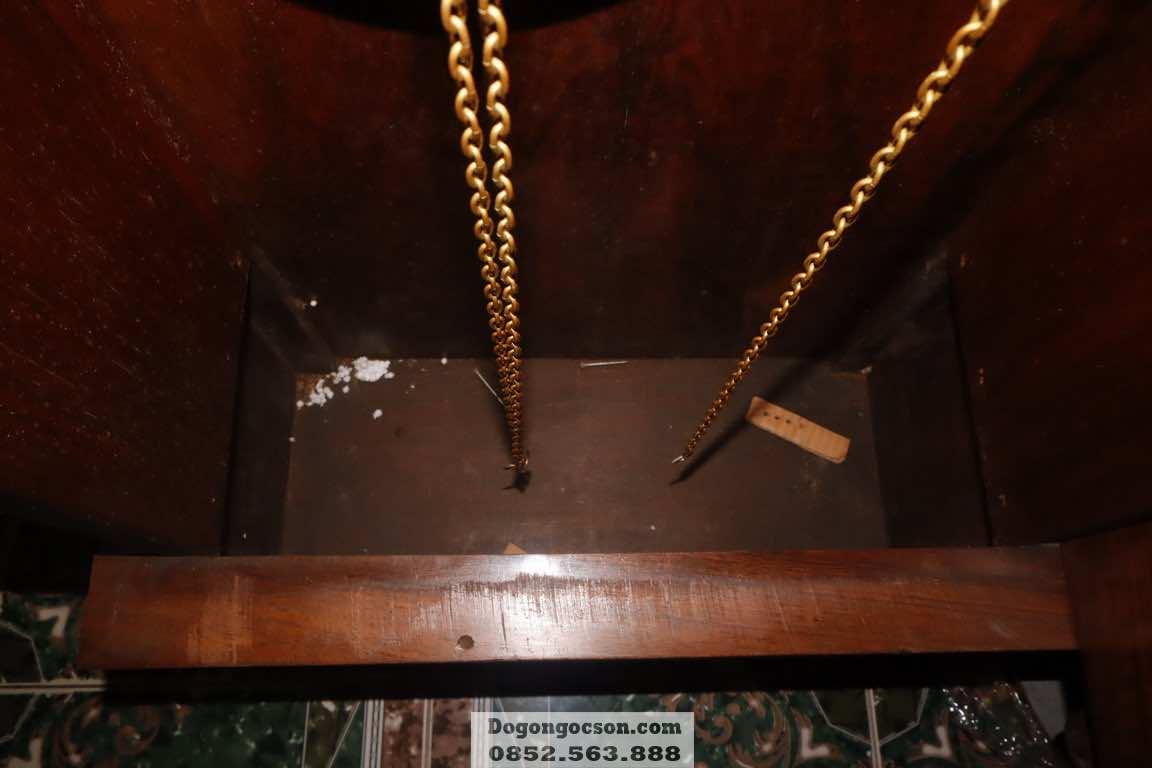 Chi tiết bên trong thùng vỏ