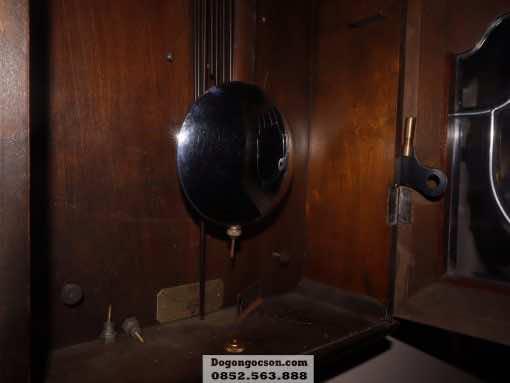 Hình ảnh chi tiết bên trong thùng tủ