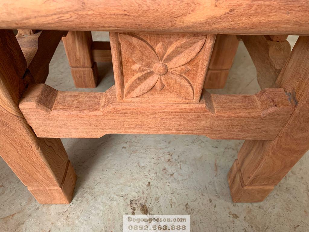 Các chi tiết trên chiếc ghế cũng rất dày dặn